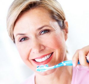 Gera dantų priežiūra